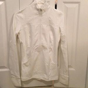 Lululemon white define pullover NWT sz 6 56728